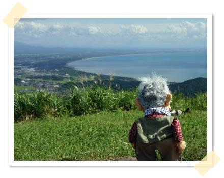 もう一つの山頂姫ヶ岳から男鹿を望む